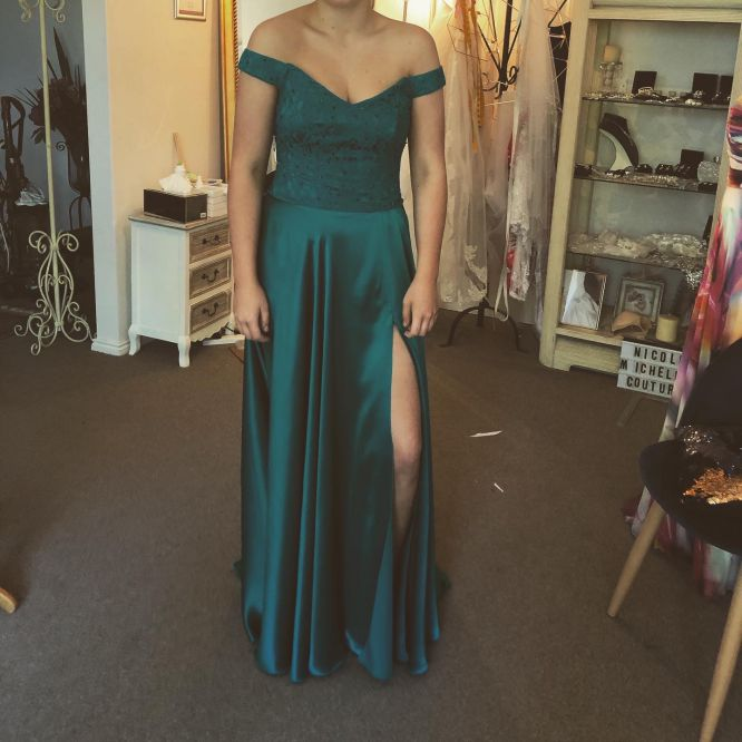 school-formal-dresses-made-to-measure-sydney-06